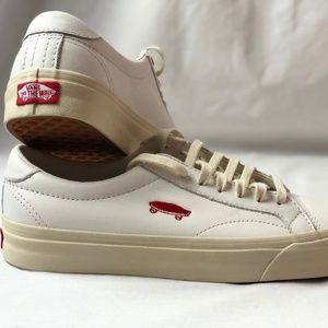 Vans Shoes - Vans Court Icon Salton Leather True White Turtle ae9e97894